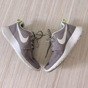 Women's Nike Roshe One